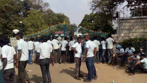 lucas trainees at the gate 11th Jan courtesy Indian labour news