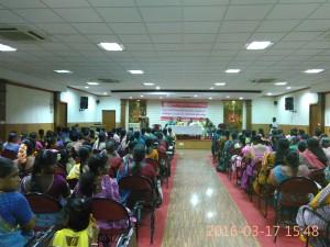 Com. Waheeda addressing women workers