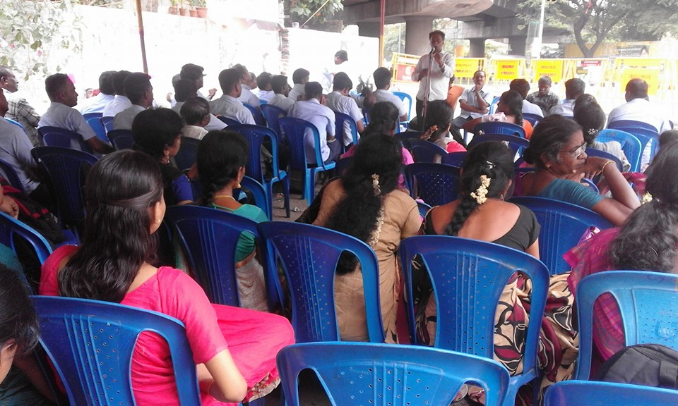 Com. Chidambaranathan addressing workers at Hunger fast
