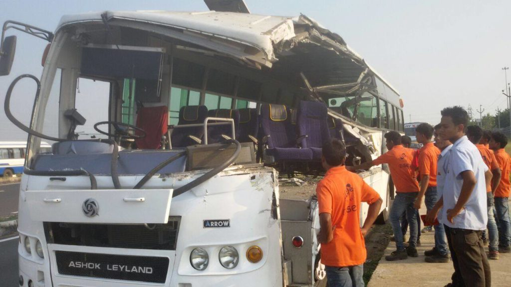 Bus transporting RN Workers after accident