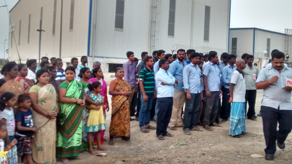 Workers and locals protest against unfair labour practicies in CMR Toyotsu